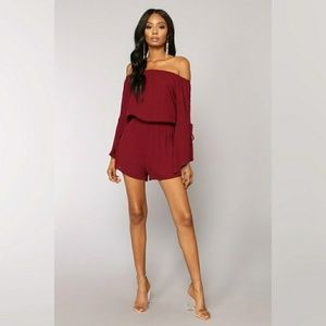 NWOT Off Shoulder Romper M - Burgundy